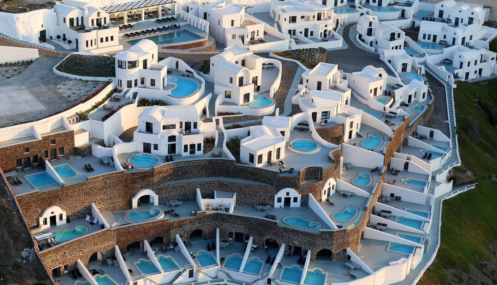 Ambassador hotel santorini santorini luxury hotel villas for Griechenland design hotel